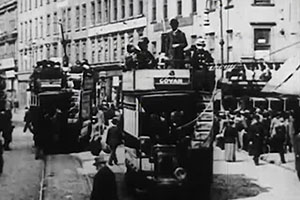 Film still showing Glasgow trams in 1902